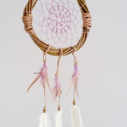 Atrapasueños rustico plumas blancas
